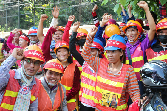 Construction workers in Cambodia protesting.